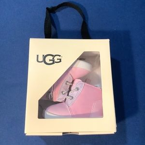 🎉Ugg Genuine Leather Sneakers (Baby's First Ugg)